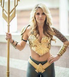 Awesome #cosplay by @laneyfeni @jerryneeko I found a fellow #atlantean…