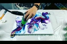 Beautiful Fluid Painting Ideas – Hobbies paining body for kids and adult Acrylic Painting For Beginners, Beginner Painting, Acrylic Pouring Art, Acrylic Art, Acrylic Paintings, Pour Painting, Diy Painting, Painting Videos, Easy Paintings