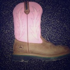 Pink women's John Deere boots Has a few marks on top (could possibly be removed) but still in good condition only wore twice!!!! Shoes Winter & Rain Boots