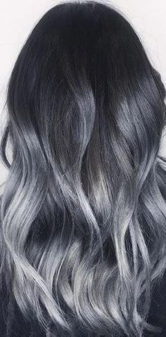 Grey or silver hair dye elegant amazing silver balayage ombre highlights of grey or silver hair Hair Color Highlights, Ombre Hair Color, Hair Color For Black Hair, Hair Color Balayage, Cool Hair Color, Gray Ombre, Silver Ombre, Black Silver, Hair Colour