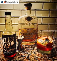 #Repost @rickydubya with @repostapp.  How do you watch #houseofcards without enjoying a cocktail of the whiskey variety? #oldfashioned #whistlepigrye #elimason #southernfirefly #Nashville @whistlepigwhiskey @elimasonsyrups @southernfireflycandle
