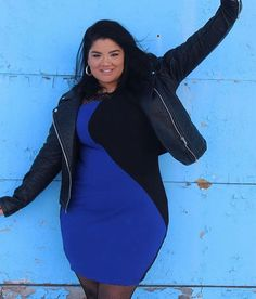 When it's cold outside but you look like @frankietavares in the Rexa Color-Block Bodycon Dress  #ColdWeatherBlues #FTFselfie