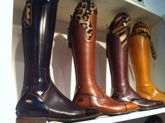 Gorgeous boots !!