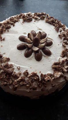 Schokobon-Torte, ein schönes Rezept aus der Kategorie Torten. Bewertungen: 68. Durchschnitt: Ø 4,5.