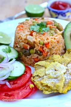 Arroz Apastelado Costeño (Sticky Rice from the Coast) Colombian Breakfast, Colombian Cuisine, My Colombian Recipes, Cuban Recipes, Rice Recipes, Main Dishes, Side Dishes, Carrots And Green Beans, Latin Food