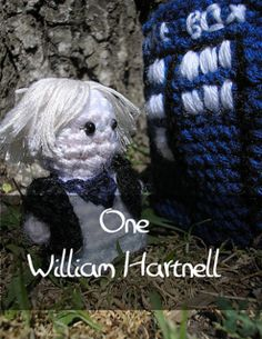 Dr Who - First Doctor by Nyss Parkes (These mini Doctors do come in one single download, but they simply must be represented individually!) Free Pattern: http://www.ravelry.com/download/146980/free  #TheCrochetLounge #DrWho Collection