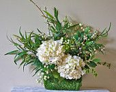 Cream hydrangea floral arrangement