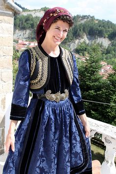 Eptachori, Greece Tracing the roots Greek Traditional Dress, Traditional Outfits, Greek Dancing, Folklore, Greek Royalty, Ukraine, Macedonia, Costumes Around The World, Greek Culture