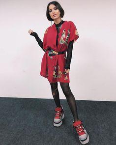 Tênis chunky: como usar o calçado do momento sem sair do seu estilo Athleisure, Camisa Oversized, Tie Day, Looks Instagram, Gorillaz, Bad Hair Day, Celebrity Look, Style Icons, Boho Chic