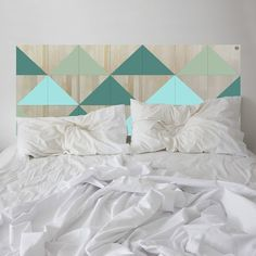 Minty goes to Mayfair. Lose yourself in the contemporary style of the BERMUDA headboard.