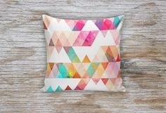 Modern Triangle Decorative Pillows