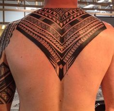 Neck idea Back Tattoos, Tattoos For Guys, Cool Tattoos, Samoan Tattoo, Maori Tattoos, Geometric Henna, Henna Mandala, Hybrid Design, White Ink