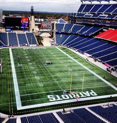 Gillette stadium- New England Patriots New England Patriots Football, Patriots Fans, Nfl Football Teams, Football Season, Sport Park, Go Pats, Superbowl Champions, Gillette Stadium, Boston Sports
