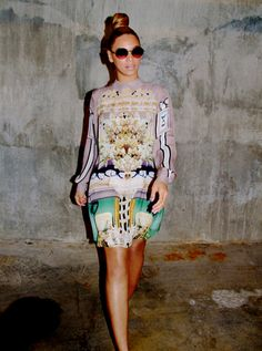 Celebrity Instagram| Beyonce in Mary Katrantzou | Talking Pretty