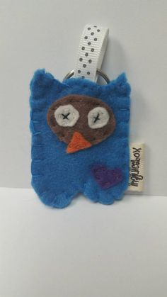 Check out this item in my Etsy shop https://www.etsy.com/listing/253617388/owl-felt-owl-owl-keychain-keychainblue