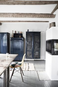 Source: KK Living Baths Interior, Gravity Home, Cocinas Kitchen, Elegant Dining Room, Interior Decorating, Interior Design, White Rooms, Villa, Dream Decor