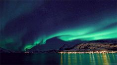 Have you started planning your #WinterEscape for 2017? How about a trip to #Norway to chase the #NorthernLight?