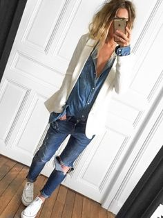 Live the classic blazer with the denim on denim and sneakers. And the ripped jeans are perfect!