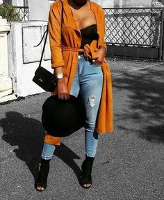 26 Korean Street Style Looks You Will Definitely Want To Try – New York Fashion New Trends Mode Outfits, Stylish Outfits, Fashion Outfits, Womens Fashion, Casual Bar Outfits, Fashion Killa, Look Fashion, Autumn Fashion, Fur Fashion