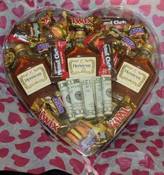 Awesome Fathers Day Gift Basket Ideas for Men Apple Fritter. Awesome Fathers Day Gift Basket Ideas for Men Apple Fritters Gluten Free Low C Valentine Gift Baskets, Fathers Day Gift Basket, Birthday Gift Baskets, Diy Valentine, Cute Boyfriend Gifts, Valentines Gifts For Boyfriend, Gift Baskets For Boyfriend, Diy Gifts For Him, Great Father's Day Gifts