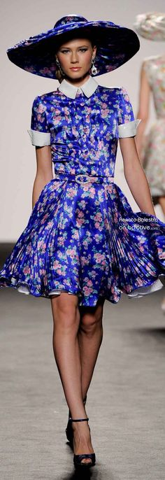 Renato Balestra Spring Summer 2012 Couture are stunning & creative couture designs that melt on a silhouette & gleam with color and details. Floral Fashion, Blue Fashion, Fashion Prints, High Fashion, Fashion Design, Pretty Dresses, Beautiful Dresses, Azul Real, She's A Lady