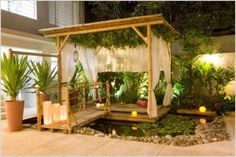 Sturdy and Stable: Designing with Bamboo Sticks || Image Source: http://ic.pics.livejournal.com/jonathanbungela/74658352/6597/6597_300.jpg