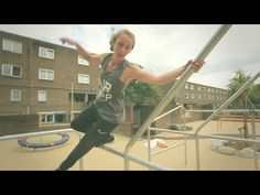 The Very Best Girls Parkour and Freerunning Parkour Workout, Mma Workout, Ninja Warrior Gym, American Ninja Warrior, Obstacle Course Training, Boys Gymnastics, Very Good Girls, Longboarding, Fit Motivation