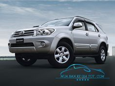 xe Toyota Fortuner 2011