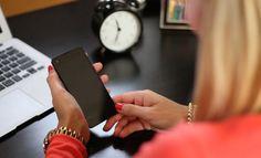El Smartphone Moto G4 Plus, es un móvil realmente completo. Me gustó su diseño, que aunque se ve muy convencional, siguiendo las características de forma de los teléfonos inteligentes de estos tiempos, no deja de ser de calidad y recopilador de grandes atributos, en cuanto a su funcionalidad y rendimiento. En el interior de su …