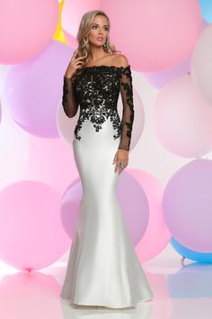 Shop Zoey Grey long designer prom dresses at PromGirl. Floor length prom dresses with beading and designer Zoey Grey long formal pageant gowns. Designer Evening Gowns, Designer Prom Dresses, Evening Dresses, Mode Glamour, Grey Prom Dress, Pageant Gowns, Mothers Dresses, African Fashion Dresses, Formal Gowns