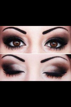 Eye makeup for wedding.