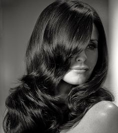 """Courteney Cox Shares Her """"Cougar"""" Hair Tips - Daily Makeover"""