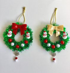 Mini wreath,Christmas wreath ornaments,mini wreath ornaments,Tinsel ornam ents with snowflake charm (set of by GiftycraftyArt on Etsy Shabby Chic Christmas Ornaments, Crochet Christmas Wreath, Christmas Ornament Sets, Christmas Toys, Vintage Christmas, Christmas Wreaths, White Christmas, Christmas Centerpieces, Christmas Decorations To Make