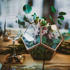 Sweetly Paired Wedding Planning - Website: sweetlypaired.com - Contact us: love@sweetlypaired.com - Instagram: @sweetlypaired –Photography: Matt & Jess at wearemattandjess.com– Floral: Bella Calla - #sweetlypairedplanning #weddingplanning #centerpieces