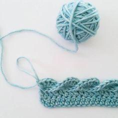 Baby Waves blanket & border, free pattern