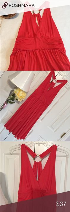 """💃🏾FIESTA SALE! Banana Republic Halter dress Banana Republic Halter Dress with a gorgeous back detail with metal loop. Empire waist with cinched sides. 40"""" shoulder to hem. 13"""" waist with more stretch room. More coral than orange in color. Brand New With Tags. Retails at $65. Open to offers. Banana Republic Dresses Midi"""