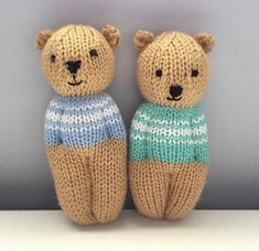 Ravelry: Izzy Teddy Bear Dolls pattern by Esther BraithwaiteAdd personality to your charity knitting project with instructions for knitting in the round, four sweater options, and bear ears.This pattern is adapted from the Izzy Doll patterns availabl Teddy Bear Patterns Free, Teddy Bear Knitting Pattern, Knitted Doll Patterns, Knitted Teddy Bear, Knitted Dolls, Baby Knitting, Free Knitting, Knitting Patterns, Knitting Little Dolls