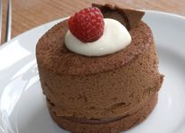 Mini Chocolate Cheesecakes via Daisy Brand® Sour Cream Layered Desserts, Just Desserts, Delicious Desserts, Dessert Recipes, Dessert Ideas, Cake Ideas, Crescent Roll Cheesecake, Daisy Sour Cream, Making Sweets
