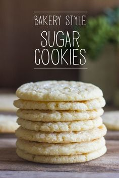 A thin, delicate, buttery sugar cookie with a hint of lemon and a sprinkle of sparkling sugar on top. A thin, delicate, buttery sugar cookie with a hint of lemon and a sprinkle of sparkling sugar on top. Mini Desserts, Just Desserts, Delicious Desserts, Dessert Recipes, Yummy Food, Buttery Sugar Cookies, Yummy Cookies, Shortbread Cookies, Oreo Dessert