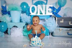 smash for a cute little boy in shades of blue and a hint of turquoise. Studio photographer Jenna D is based in waverley Pretoria