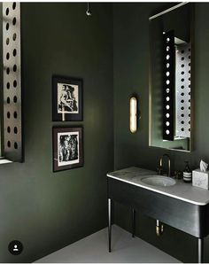Green and black bathroom decor black and white with lime green bathroom Dark Green Bathrooms, Black Bathroom Decor, Bathroom Colors, Black Decor, Bathroom Interior Design, Small Bathroom, Green Bathroom Paint, Budget Bathroom, Bathroom Ideas