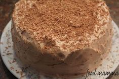 chocolate cake with nutella whip icing: happy birthday mom! Whipped Icing, Happy Birthday Mom, Vanilla Cake, Chocolate Cake, Cheesecake, Pudding, Ethnic Recipes, Desserts, Postres