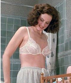 Sigourney Weaver Young, Hollywood Actresses, Indian Actresses, Beautiful Celebrities, Beautiful Women, Hooray For Hollywood, Gillian Anderson, Most Beautiful Indian Actress, Actress Photos