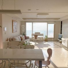 Apartment interior small dreams New ideas Home Room Design, Dream Home Design, Home Interior Design, House Design, Design Kitchen, Kitchen Interior, Interior Modern, Design Bedroom, Bedroom Minimalist