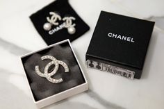 I love Chanel Chanel Brooch, Chanel Earrings, Chanel Jewelry, Jewellery, Diva Fashion, Gold Fashion, Mademoiselle Coco Chanel, Patsy Stone, Coco Chanel Fashion