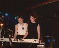 Bernard Sumner and Gillian Gilbert 80s Music, Good Music, Gillian Gilbert, Kathleen Hanna, Brat Pack, Gothic Rock, Joy Division, Alternative Music, Post Punk