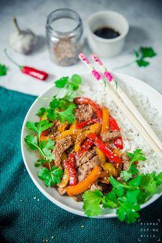 pieprz czy wanilia fotografia i kulinaria: Trzy kolory. Stir – fry z wołowiny i papryki.