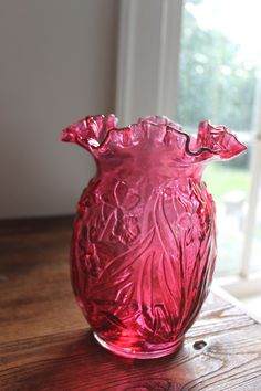 Fenton Country Cranberry Glass Vase Daffodil Design.