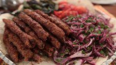 30 Kasım Gaziantep Mutfağı Zeliha Hanım'dan Simit Kebabı tarifi.