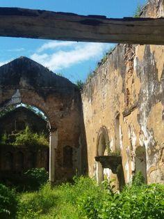 Ruina - Igreja São Miguel Arcanjo - Baía da Traição/PB. Séc. XVII